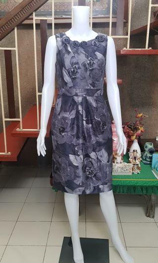 Adrianna Papell Floral Tea Lenght Dress Medium