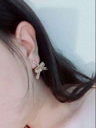 🚚 金屬蝴蝶結耳夾
