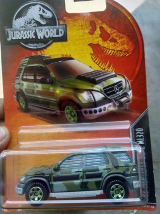 Matchbox mercedez Jurassic world