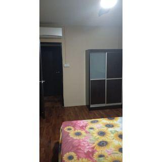 No Agent Fee 2 Common room @ Blk 212 Choa Chu Kang Central with A/C, WiFi.