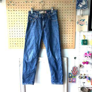 Vintage Levi's straight leg relaxed fit 550 jeans