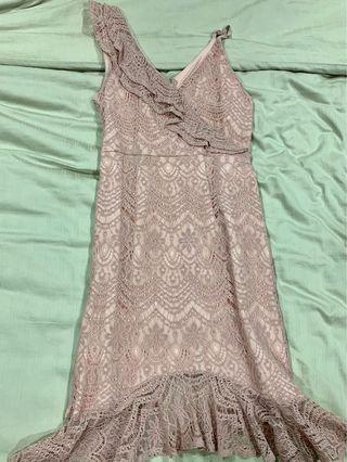 Midi dress in dusty pink