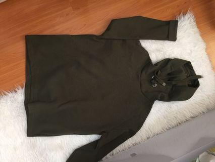 stradivarius green army sweater