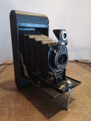 prewar folding camerq