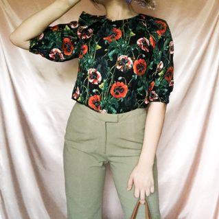 Vintage Floral Pattern Arm Length Sleeves Black & Red Blouse