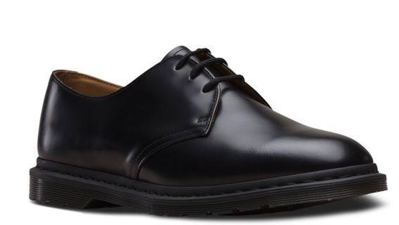 🚚 Dr martens -Archie-25009001-black polishing -Uk 8