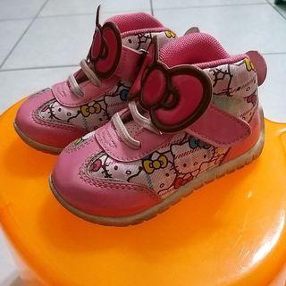 🚚 kitty 亮粉女童鞋 14碼