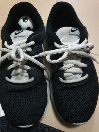 Nike shoes, UK3
