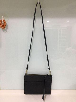 H&M Small Leather Shoulder Bag Crossbody Bag (Black)