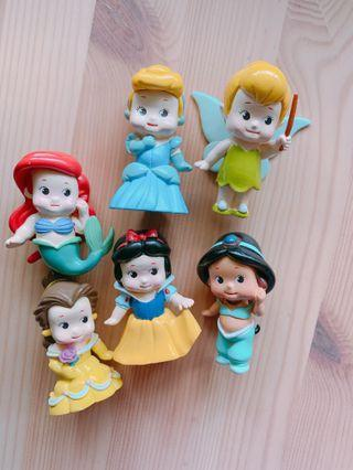 🚚 Chubby Disney princess figurine set