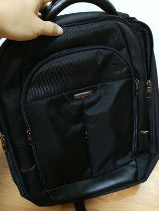 Samsonite bagpack (up to 15 inch laptop)