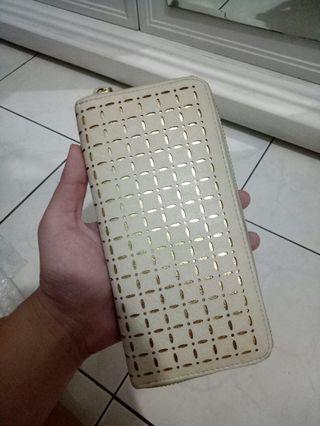 Dompet Wanita Cream Gold