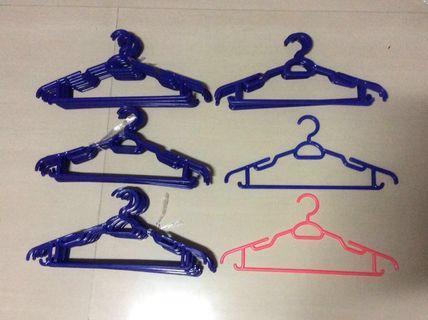 Plastic Waterproof Durable Lasting Clothes Hanger