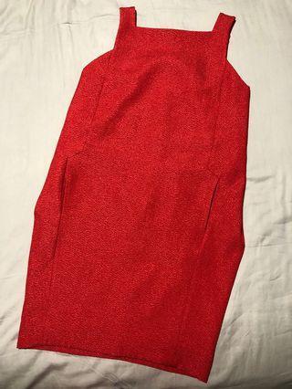 🚚 Calvin Klein red dress