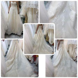 全新訂造 象牙色1.2米厘士拖尾婚紗 內里都閃  真正由內閃到外💫💫💫