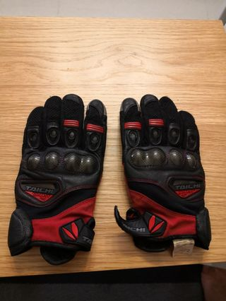 rs taichi gloves size L