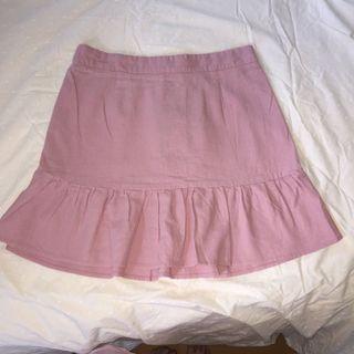Pink ruffled short skirt