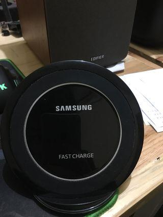 Samsung Wireless Charging Dock