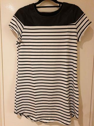 [SIZES UK: 8,10,12] Black & White Striped T-Shirt Dress