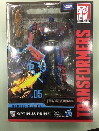 Transformer Optimus Prime Studio Series 05