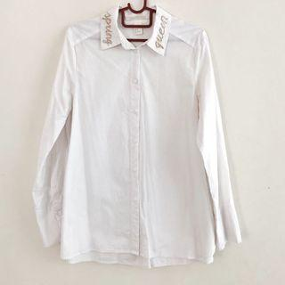 🚚 H&M White Button Down Spring Queen Blouse Top