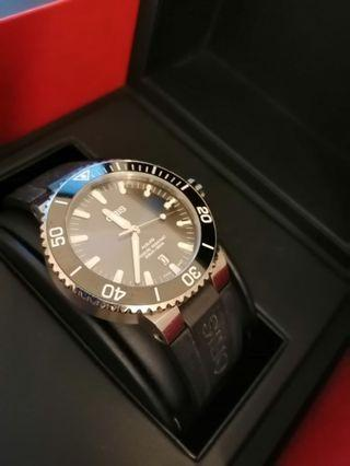 ORIS AQUIS DIVER Black Dial Automatic Men's Watch