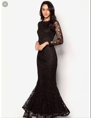 🚚 Zalia Crochet Lace Mermaid in Black