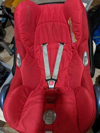 🚚 Maxi Cosi Car Seat + Isofix Base