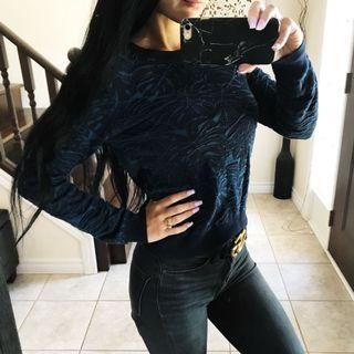 Blue patterned sweater size XS / S