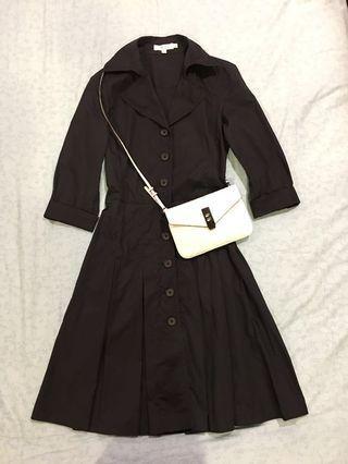 G2000 七分袖排扣修身連衣裙