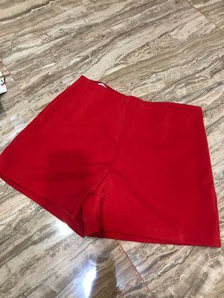 Celana Pendek Merah Thailand