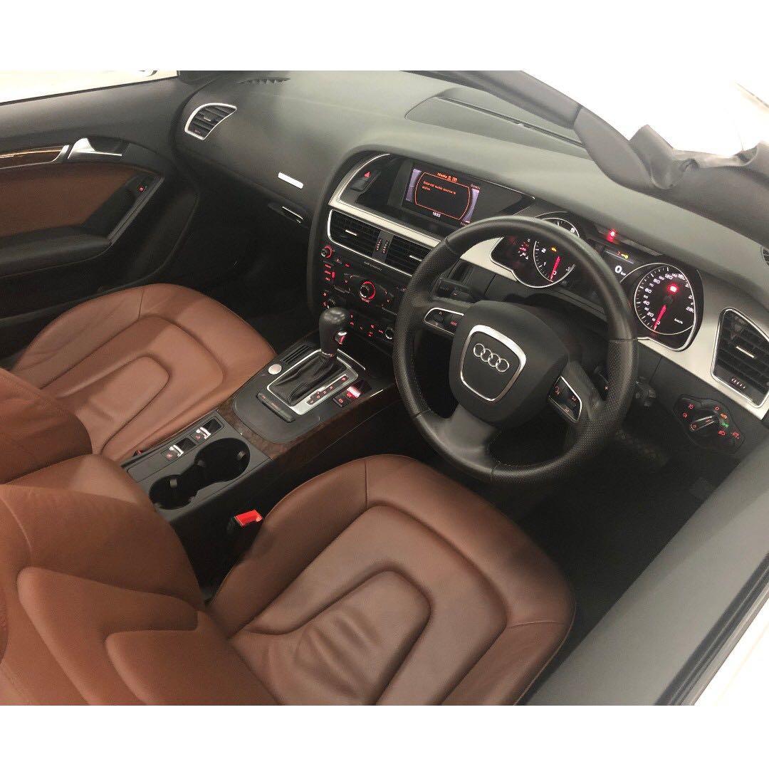 AUDI A5 2.0T CAB QUATTRO 2010