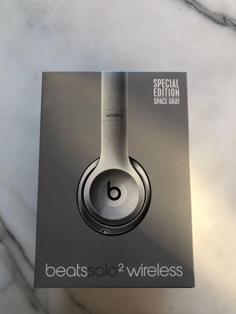 Beats Solo 2 Wireless Special Edition - Space Grey STILL IN BOX