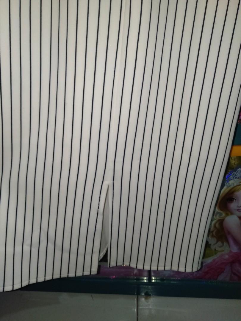 dress garis