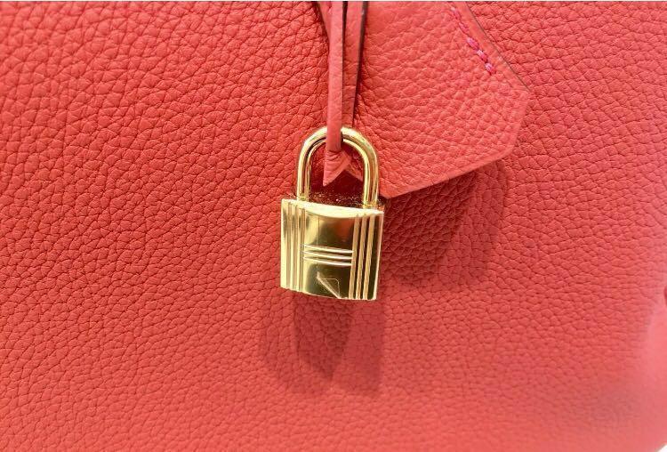 Hermes Birkin, red color