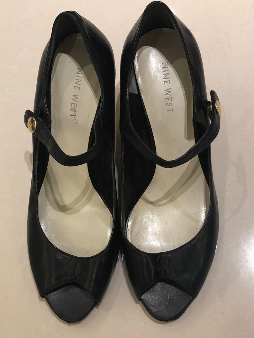 Nine West 黑色羊皮瑪莉珍款細跟涼鞋