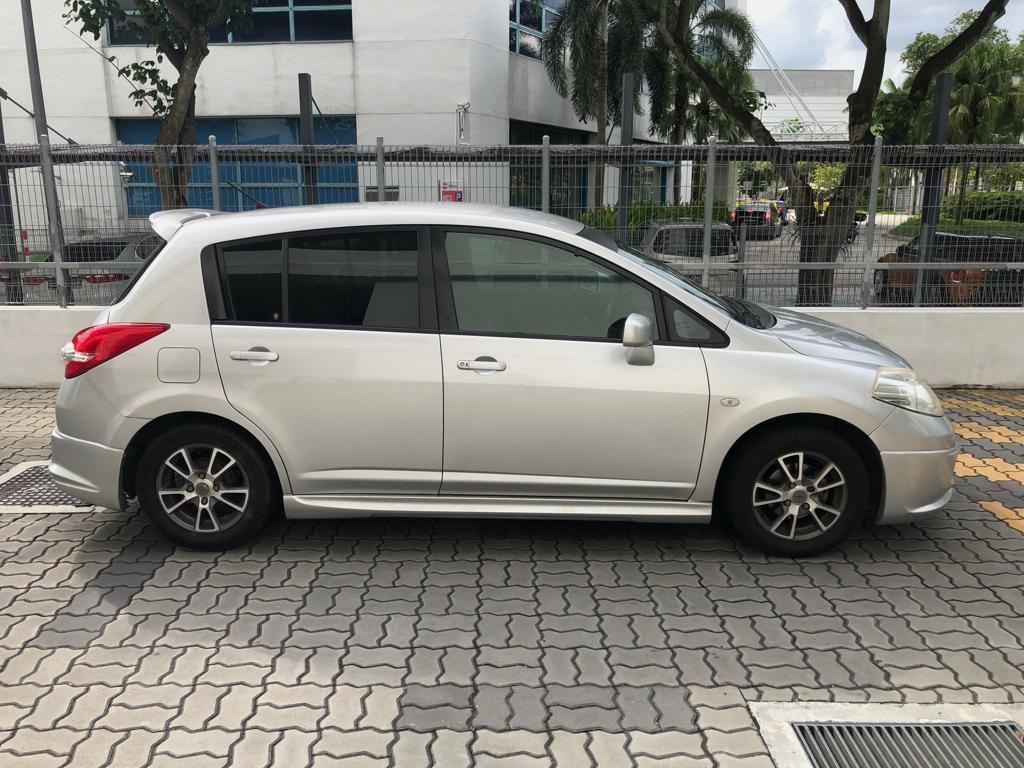 Nissan latio 50$ Toyota Vios Wish Altis Car Axio Premio Allion Camry Estima Honda Jazz Fit Stream Civic Cars Hyundai Avante Mazda 3 2 For Rent  Grab Rental Gojek Or Personal Use Low price and Cheap