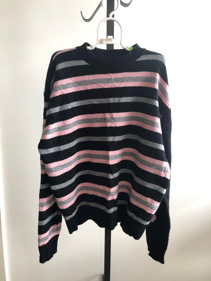 Oversized stripes wool sweater with flower print on sleeves