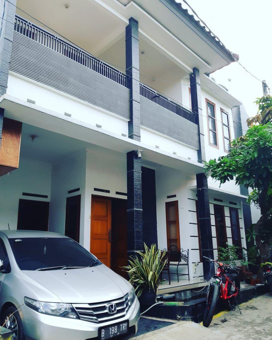 Rumah Cluster 90 M jl. Batu Belah 1 RT 013/04 Ciganjur Jakarta Selatan