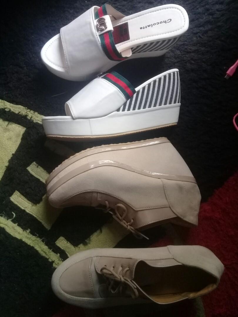 Sepatu boot wedges