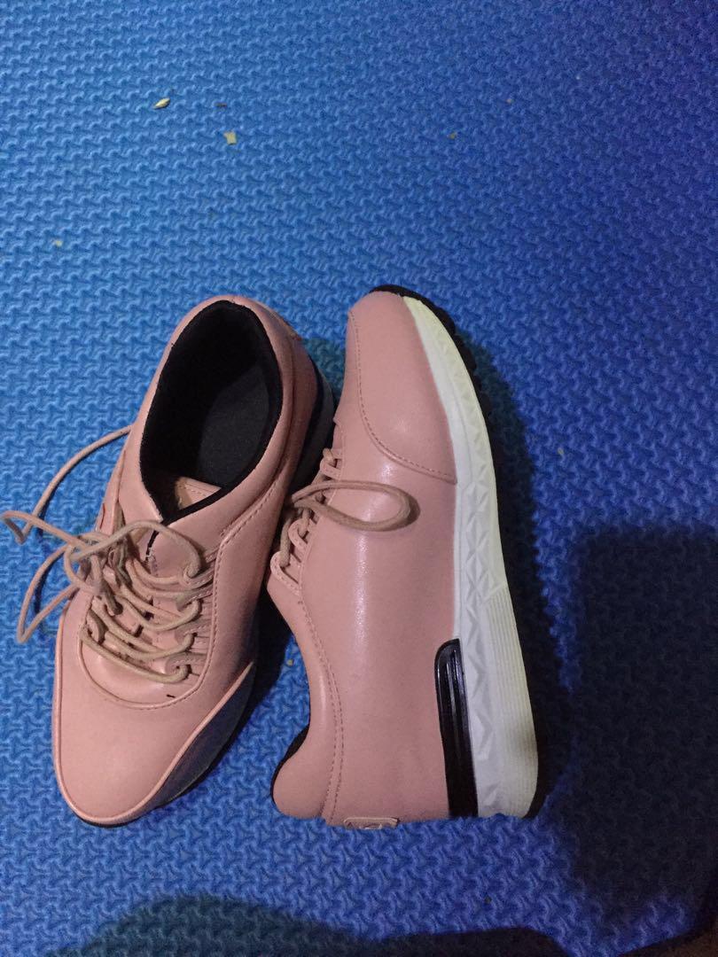 Shoes FILA peach
