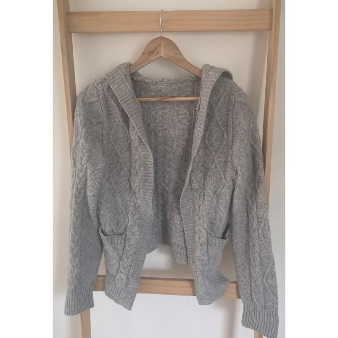 Size 8:thick cable knit grey hooded cardigan MASSIVE WARDROBE CLEAN OUT