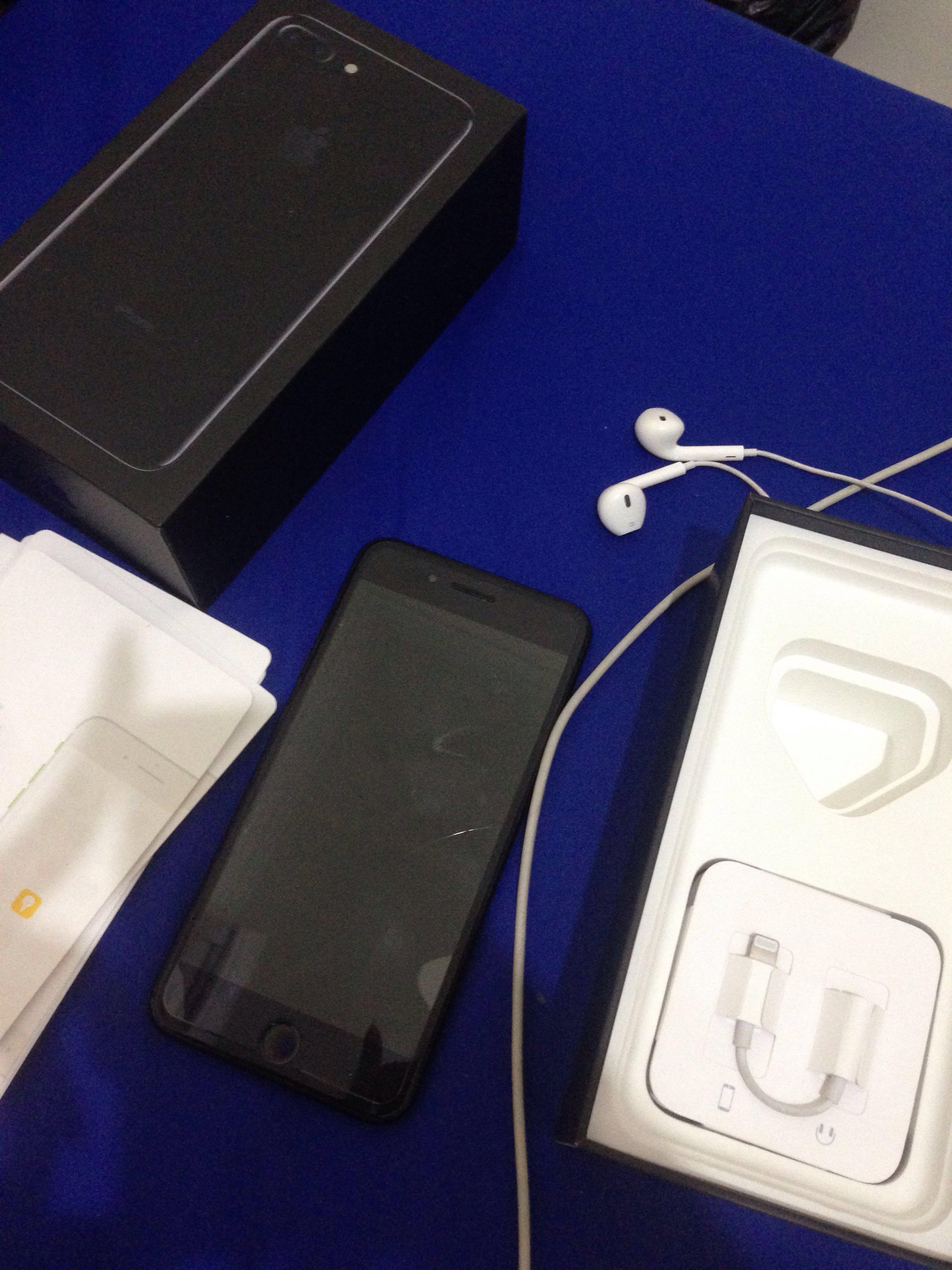 TERMURAH!!! iPhone 7 plus 128 jet black second