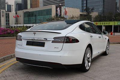 Tesla Model S P85 2014