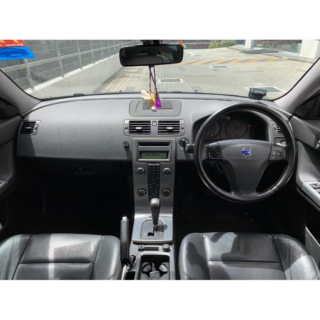 Volvo V50 2.0 For PHV Grab Go Jek/Personal use In good condition