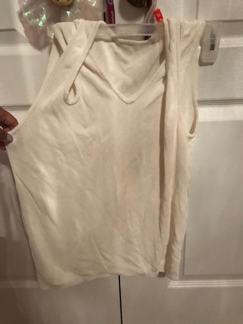 white/cream slinky top