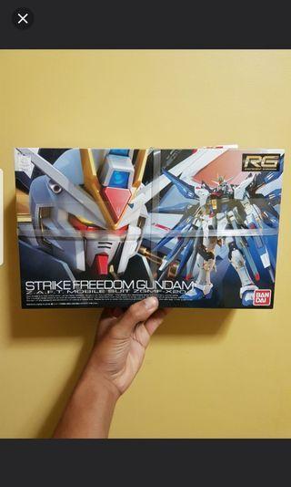 🚚 RG Strike Freedom Gundam 1/144