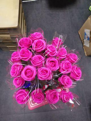 22 pcs Single soap rose (clearance)