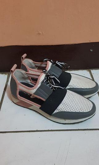 [PRELOVED] Sepatu Payless