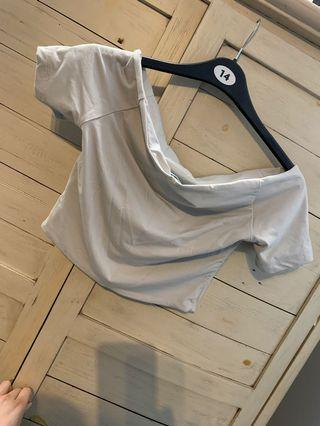 Off shoulder kookai top